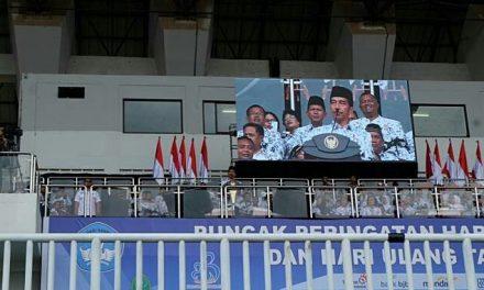 Kado Presiden Jokowi di Puncak Peringatan HGN dan HUT PGRI Ke-73 Untuk Guru Honorer, PP Manajemen PPPK Resmi Diterbitkan
