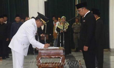 Gubernur Jabar Lantik H. Ade Sugianto Jadi Bupati Tasikmalaya
