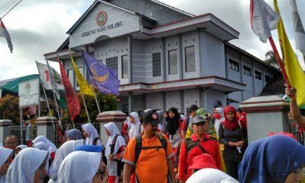Jalan Santai Meriahkan Hari Guru Nasioanal dan HUT PGRI Ke-73 Tingkat Kecamatan Salawu