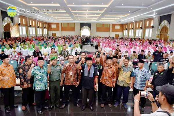 Wakil Gubernur Jawa Barat Memperingati Satu Dekade PKH Di Kabupaten Tasikmalaya