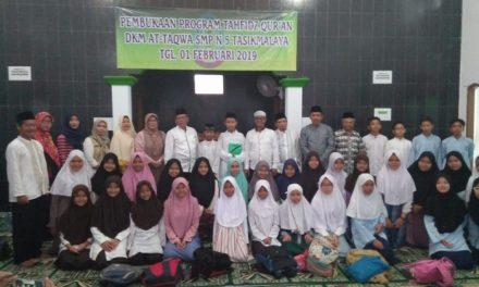 Sukses Menggelar Pembinaan Tahfidz Quran, SMPN 5 Tasikmalaya Melaunching Rumah Tahfidz