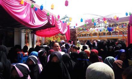 Meriah! Pameran dan Bazar Karya Anak Paud-IT Ihya' Assunnah Dipamerkan di Depan Umum