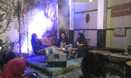 """Launching Buku Puisi """"Beri Aku Sebuah Bahtera"""" Karya Agus Salim Maolana Mengundang Selera Proses Kreatif Baru"""