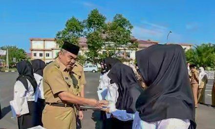 Awal Ramadan, 15 Orang PTT Bidan Diberikan Petikan Keputusan Bupati Tasikmalaya
