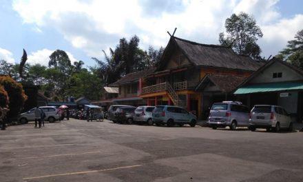 Meski Mengalami Penurunan, Objek Wisata Kampung Naga Masih Digemari Para Wisatawan