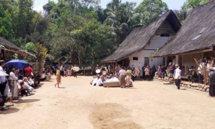 Gusaran di Kampung Naga, Proses Khitan Adat yang Sangat Sakral