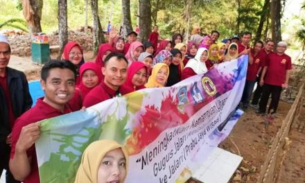 Ketua Gugus Jalari Tamansari Secara Simbolis Lantik Kepengurusan Baru KKG dan KKKS