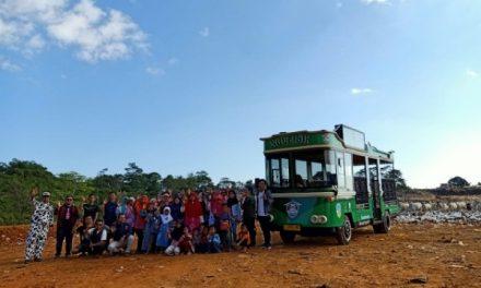 "Road to World Clean Up Day 2019, Lembah Pustaka Adakan ""Wisata Sampah"" ke TPA Ciangir"
