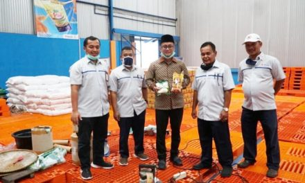 Pastikan Stok Pangan Aman, Wakil Ketua DPRD KAb. Tasikmalaya Kunjungi Gudang Bulog
