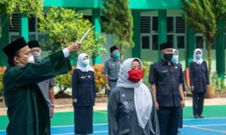 28 Kepala Sekolah Dikukuhkan, Budi Berharap Mereka Mampu Memecahkan Masalah